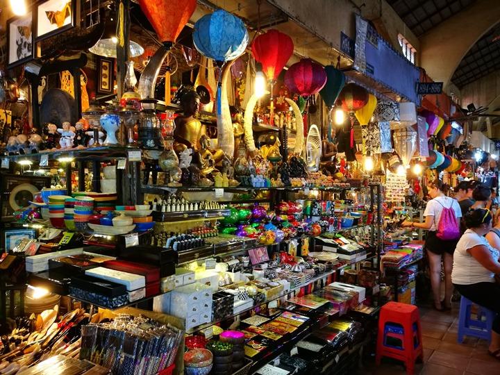 Chợ-Bến-Thành13 HoChiMinh-胡志明濱城市場Chợ Bến Thành隨便逛 傳統市場看當地人生活