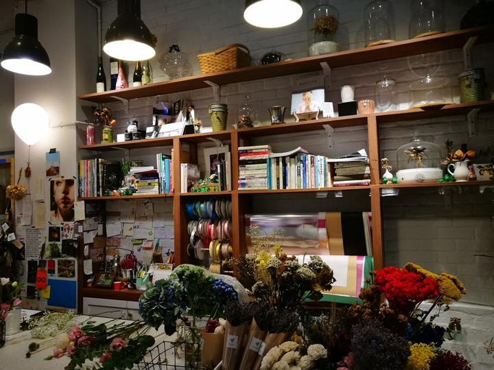 IMG_20170704_153700 大安-Very Good Cafe輕鬆舒適拈花惹草的咖啡空間