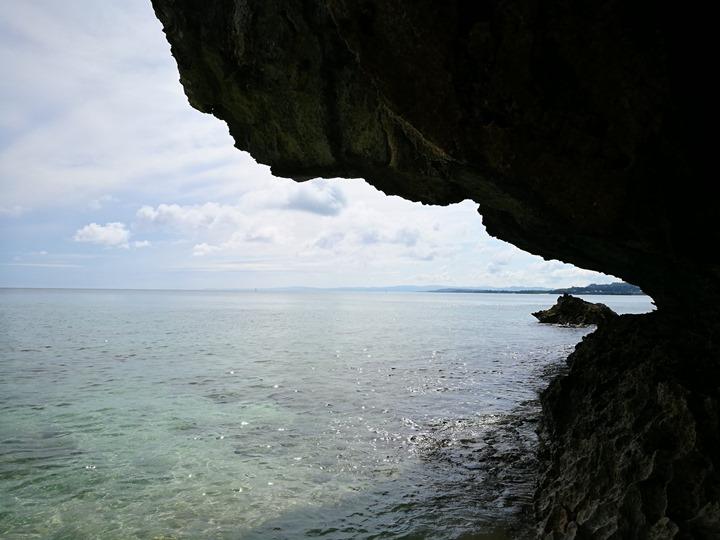 bisenowarumi010111 Okinawa-備瀬のワルミ備瀨一線天 通往聖地的入口