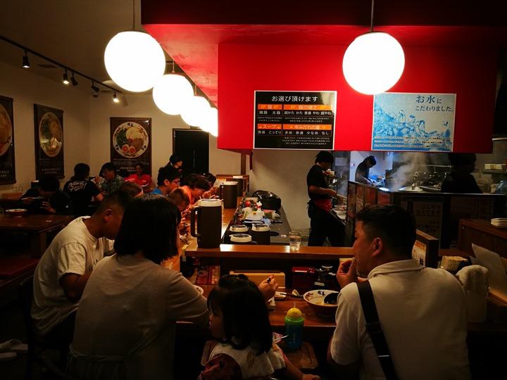 dambolamen07 Okinawa-暖暮拉麵(名護店)九州豚骨拉麵名店 一蘭一風堂也不是對手的好味道