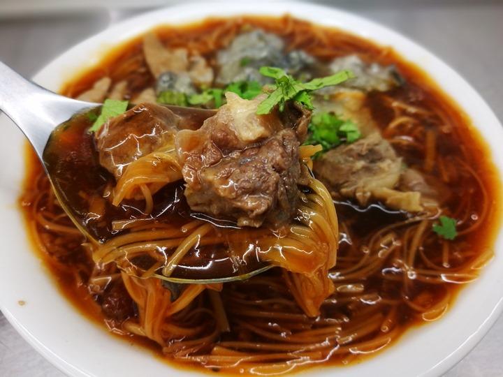 sanfu0109 竹北-三福麵線 可以正餐也可以宵夜的大腸蚵仔牛肉麵線