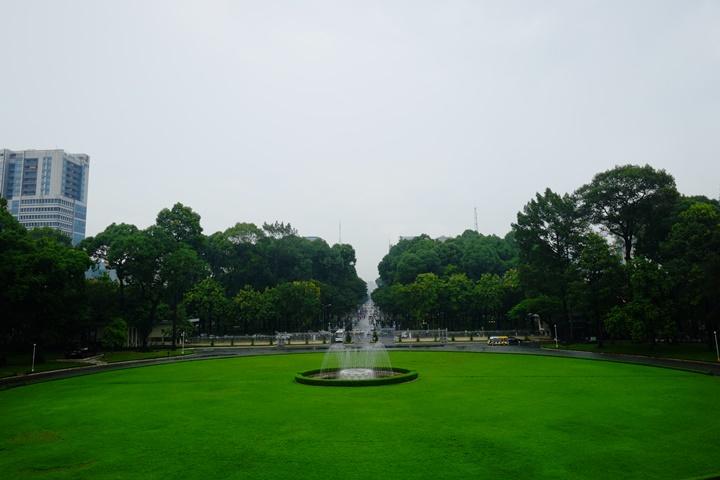 independancepalace070110 HoChiMinh-獨立宮 歷史意義大過建築之美的胡志明必訪景點