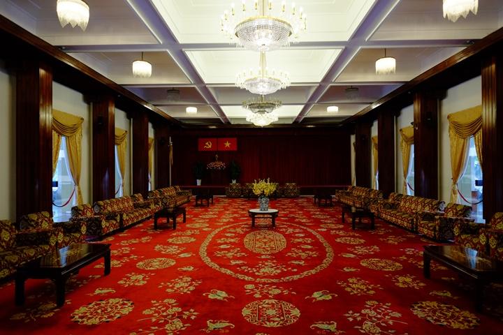 independancepalace070114 HoChiMinh-獨立宮 歷史意義大過建築之美的胡志明必訪景點