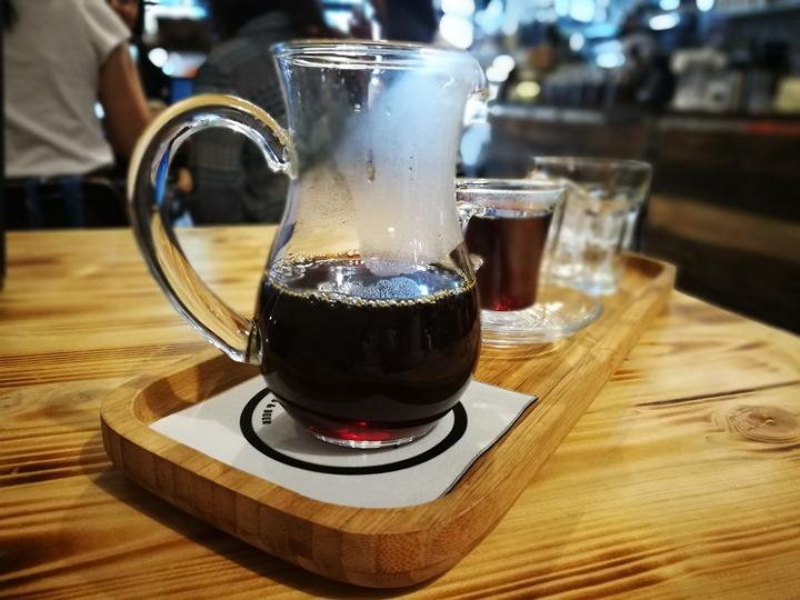 twoha21 桃園-二哈咖啡 小巷內超級英雄陪你一起喝咖啡