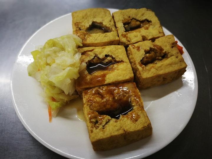 jimjia6 新竹-金佳脆皮臭豆腐 豆腐酥香脆 泡菜爽口