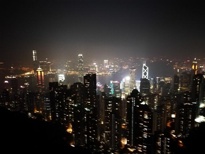 thepeak25 HK-擁擠的太平山The Peak 太平山夜景香港城市的擁擠