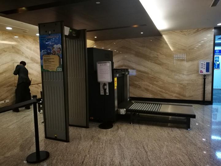 HYbizcenter120101 大園-環宇商務中心 享受尊榮級專屬貼心服務 掛行李過海關有吃有喝然後載你去登機