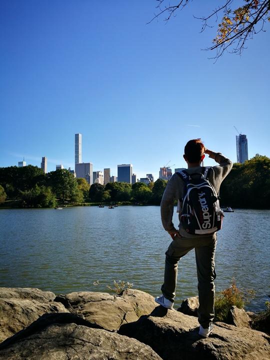 centralpark41 New York-果真大蘋果之紐約真好玩 中央公園 躺著曬太陽也愜意的好所在