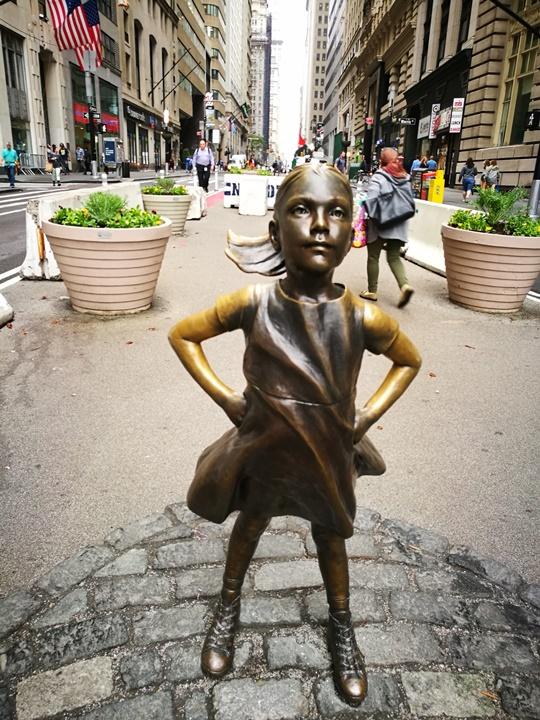 wallstreet2314 New York-紐約真好玩之華爾街的金融遊戲/帶領股市向上的金牛/無所謂的無畏女孩