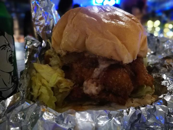 88burger09 中壢-88漢堡 美式大漢堡 名氣很大但不適合內用