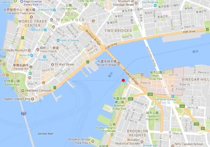 brooklynunder New York-果真大蘋果之紐約真好玩 布魯克林橋下 網紅聖地Dumbo&渡船碼頭賞曼哈頓夜景