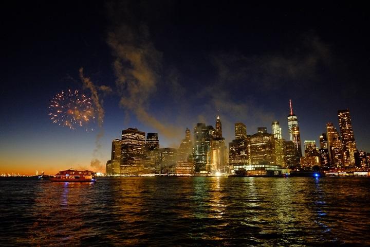 dumboview05 New York-果真大蘋果之紐約真好玩 布魯克林橋下 網紅聖地Dumbo&渡船碼頭賞曼哈頓夜景