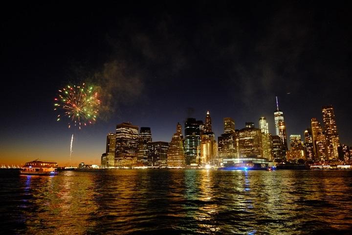 dumboview12 New York-果真大蘋果之紐約真好玩 布魯克林橋下 網紅聖地Dumbo&渡船碼頭賞曼哈頓夜景