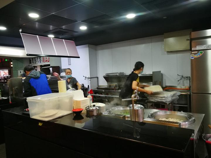 janexiang2 中和-香珍鍋貼水餃 中和交流道旁人氣小店