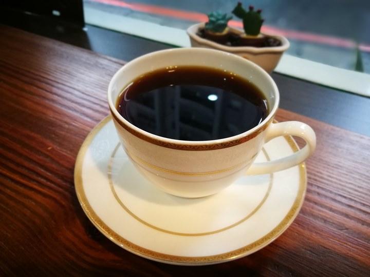 woodtable09 桃園-木桌子 不趕時間的請來一杯咖啡