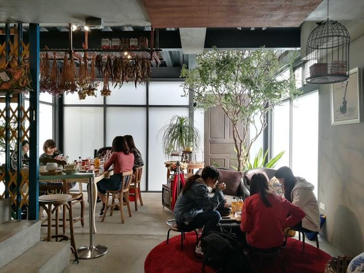 johnandmacy18 南屯-約翰烤飯糰&梅西小賣所 超文青設計小店
