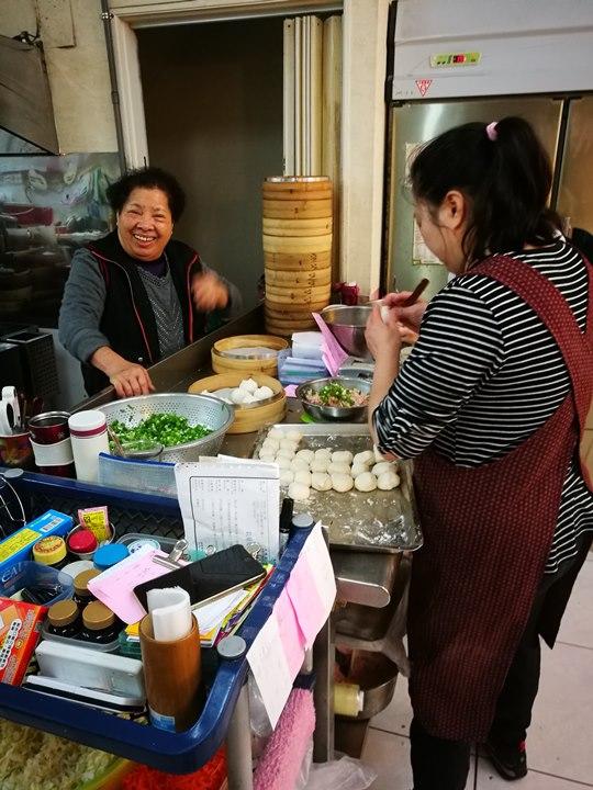 kuangfubaoo1 新竹-光復小籠包 飽滿鮮嫩夠味道的小籠包