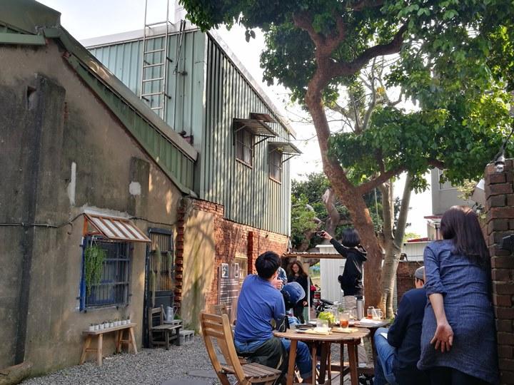 wethey12 中壢-我們他們咖啡 老街溪旁老屋屬於大家的咖啡館