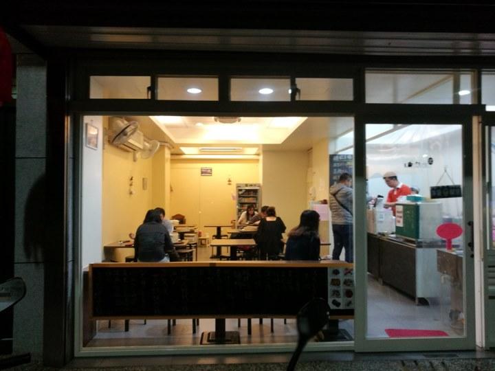 cornerbao0202103 新竹-金山街轉餃幸福湯包 Q彈的麵皮清爽的內餡