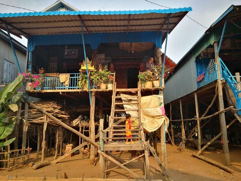 tonlesap15 Siem Reap-Tonle Sap洞里薩湖 柬埔寨的魚米鄉 落後環境中的知足生活