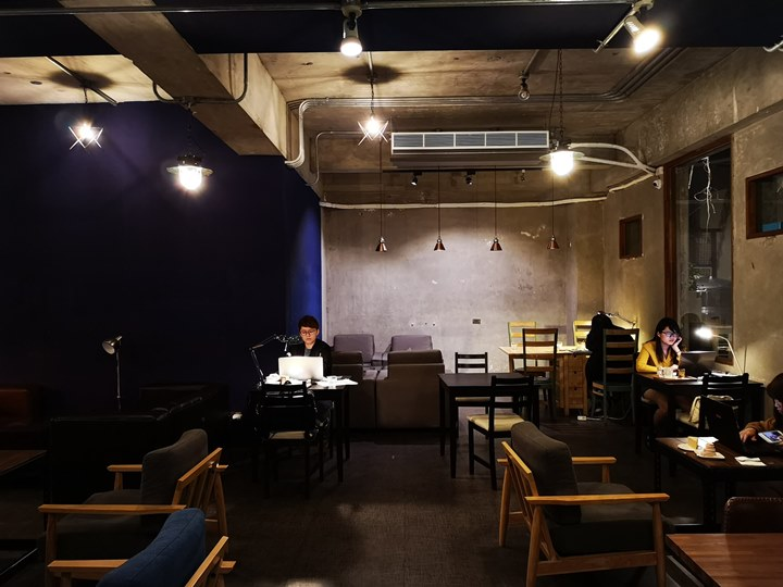 dawncafe10 新竹-續日Cafe 低調靜謐的工業風 清爽細緻的單品咖啡
