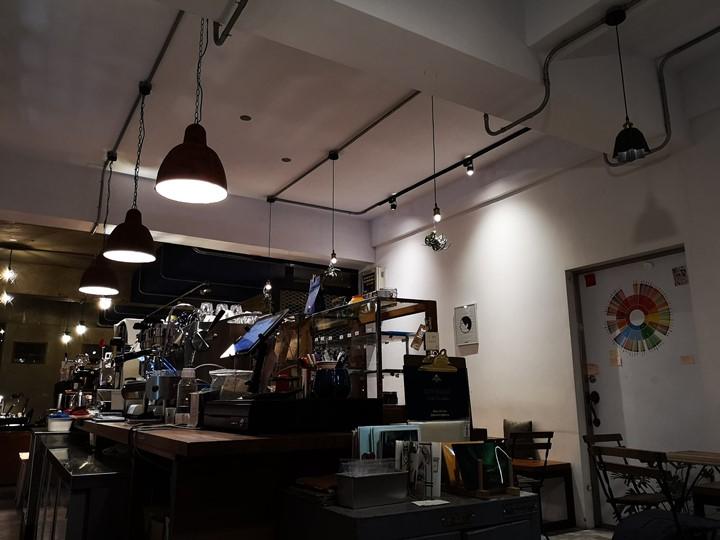 dawncafe18 新竹-續日Cafe 低調靜謐的工業風 清爽細緻的單品咖啡