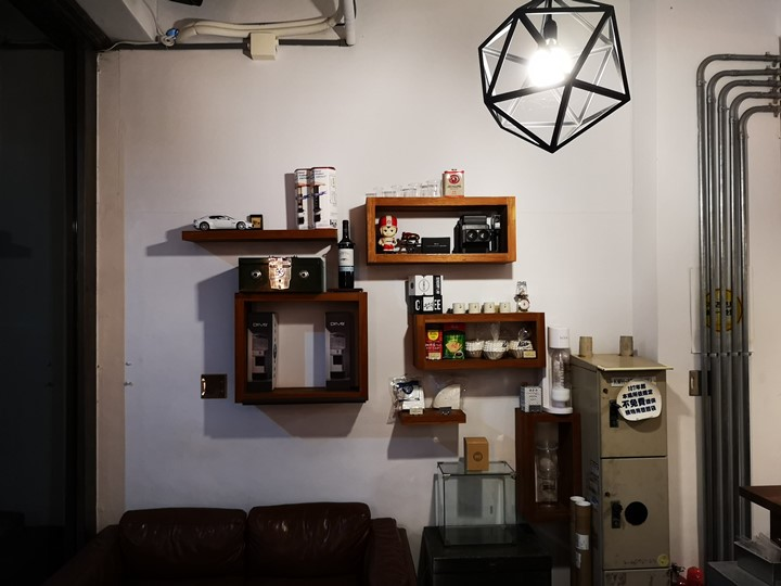 dawncafe20 新竹-續日Cafe 低調靜謐的工業風 清爽細緻的單品咖啡