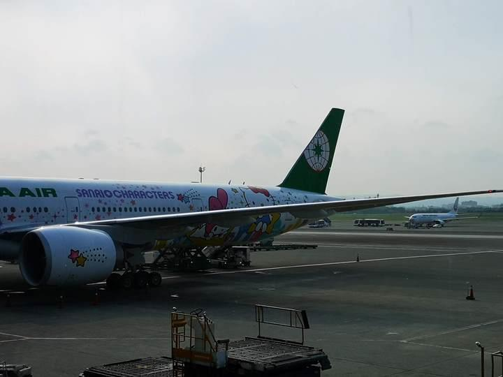 flysinsin07 201805台北新加坡Kitty伴我飛
