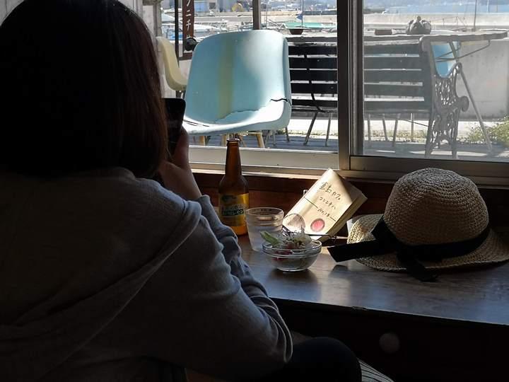 konichiwa19 Naoshima-Cafe Konichiwa直島本村港旁 可愛海景咖啡館