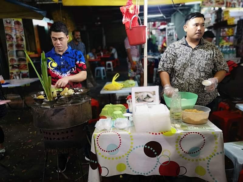 WAW07 Kuala Lumpur-吉隆坡必訪亞羅街夜市街 名店黃亞華 推薦烤雞翅與鹹蛋魷魚