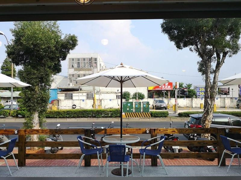 materialcafe19 中壢-素材日常咖啡Material Cafe 簡單貨櫃屋精巧美好的設計