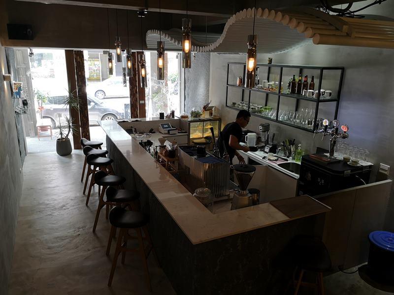 rollingstone09 中壢-流石咖啡 簡單清水模工業風