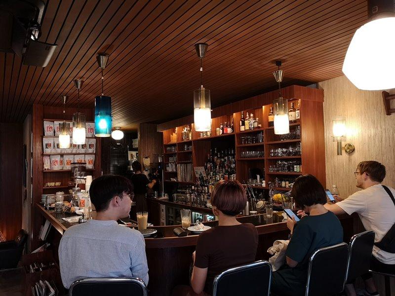 fuglen03 Shibuya-Fuglen Tokyo超好喝的網美咖啡館 澀谷代代木公園旁來自挪威奧斯陸展翅自由飛翔的咖啡館