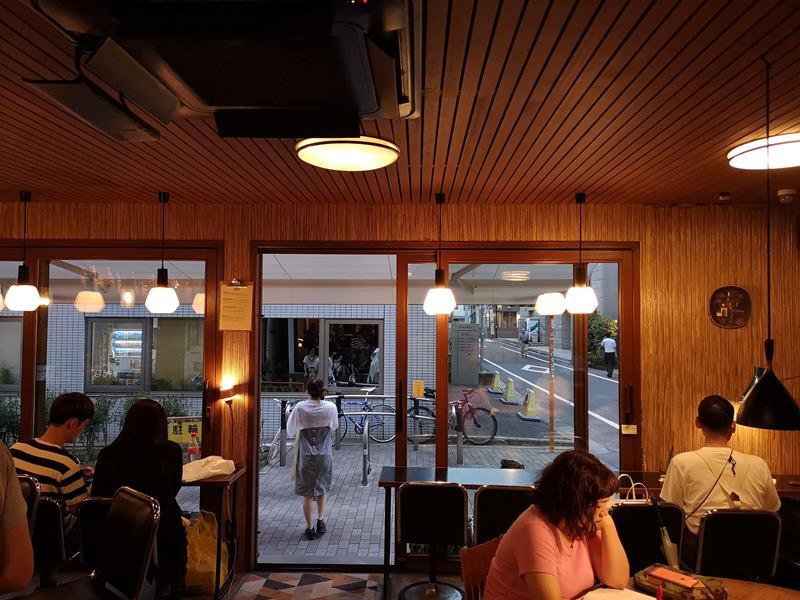 fuglen09 Shibuya-Fuglen Tokyo超好喝的網美咖啡館 澀谷代代木公園旁來自挪威奧斯陸展翅自由飛翔的咖啡館
