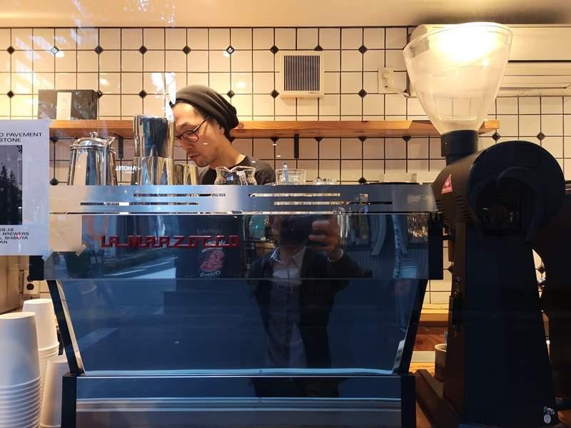 aboutlife08 Shibuya-About Life Coffee Brewers站著也要喝的 澀谷小巧人氣咖啡BAR