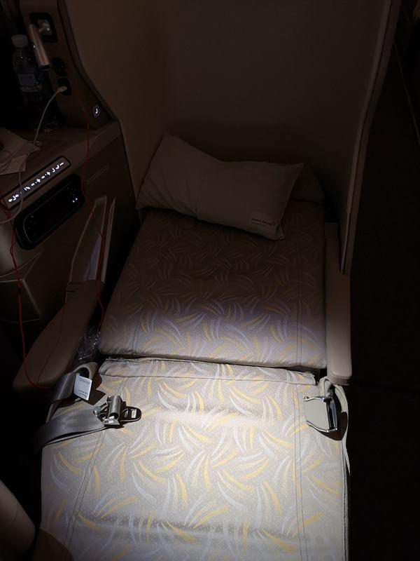 flyci16306022 201810韓亞航倫敦首爾轉台北 飛機delay改班機行李遲延 什麼都遇到了...
