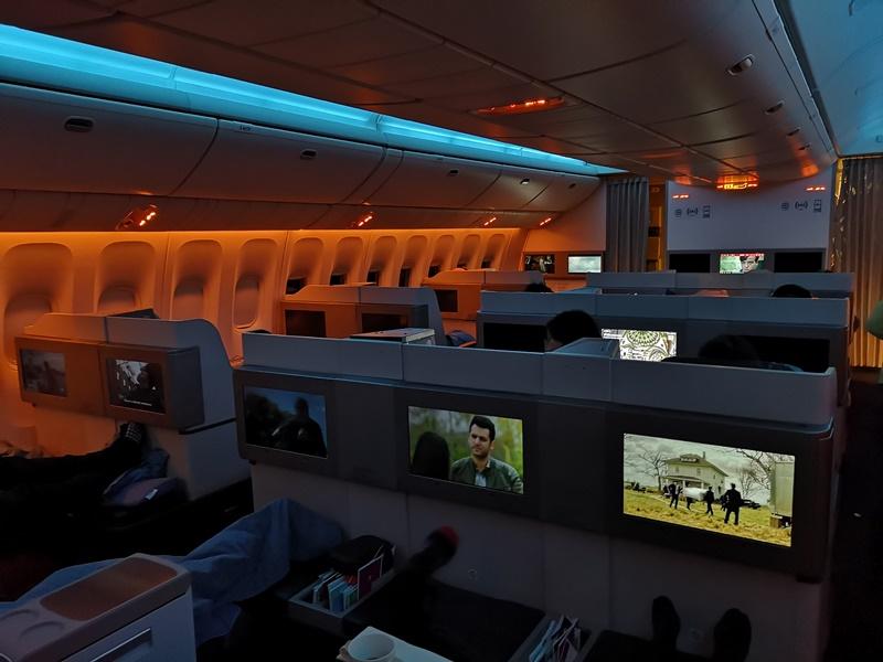flytk025380140 201810台北伊斯坦堡巴塞隆納 TK025商務艙飛行