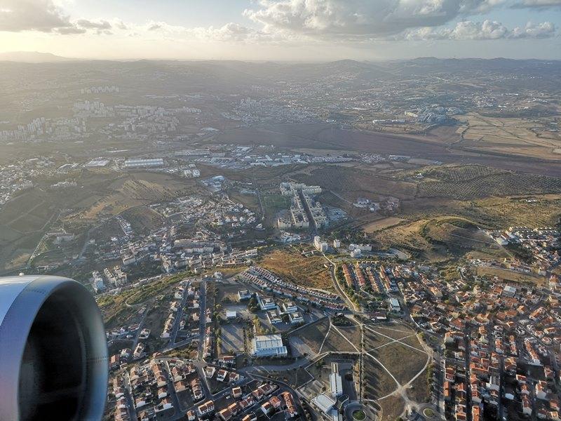 flytp25 201810葡萄牙航空TP364只能說網路說的都是真的...只有delay還是delay