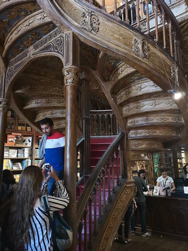 bookstore05 Porto-Livraria Lello波多 世界最美書店之一 JK羅琳加持的波多必遊景點