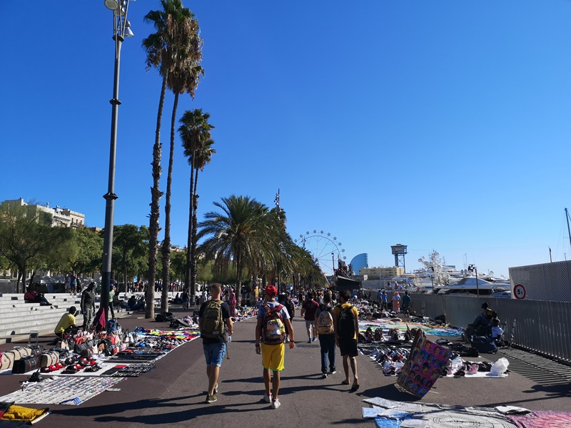 barcelonabeach03 Barcelona-嗨!地中海你好!! 巴塞隆納海岸Platja de la Barceloneta 海天一線超美
