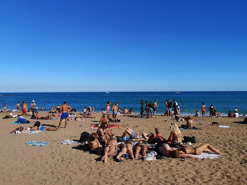 barcelonabeach12 Barcelona-嗨!地中海你好!! 巴塞隆納海岸Platja de la Barceloneta 海天一線超美