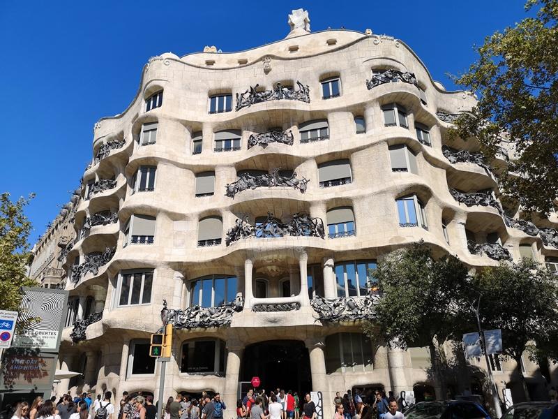 casamila08 Barcelona-巴塞隆納世界文化遺產 高第建築米拉之家 來自外星的設計