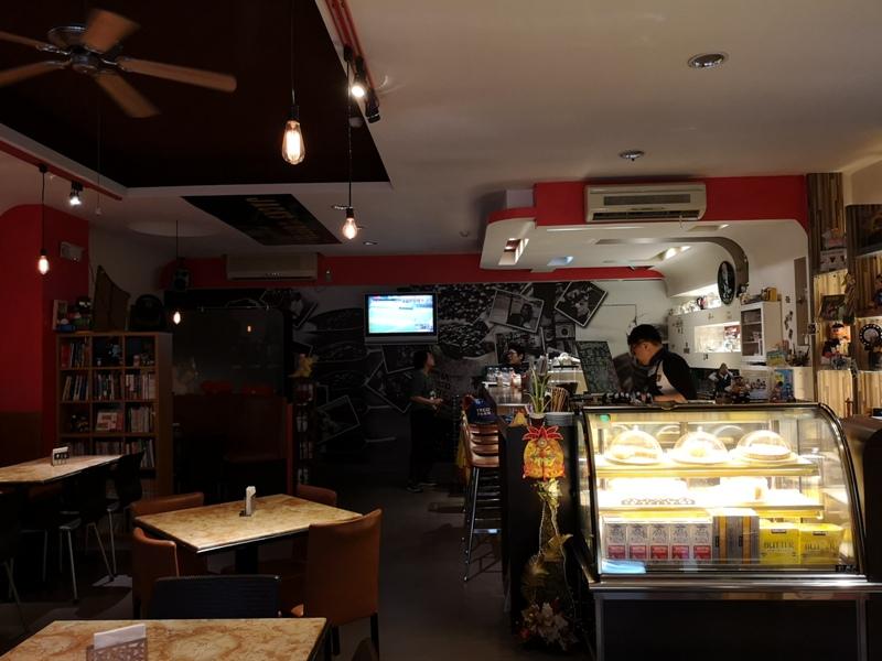 ningcafe06 中壢-甯咖啡 時尚咖啡 大玩偶哆啦A夢做伴