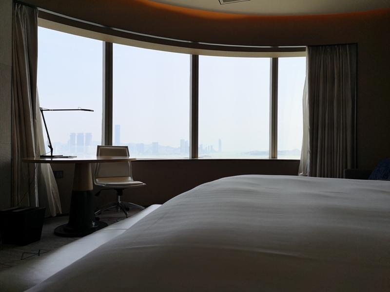 xiamenmarriott21 Xiamen-廈門泰地萬豪酒店 乾淨的發亮的窗戶與地板...新的就是好