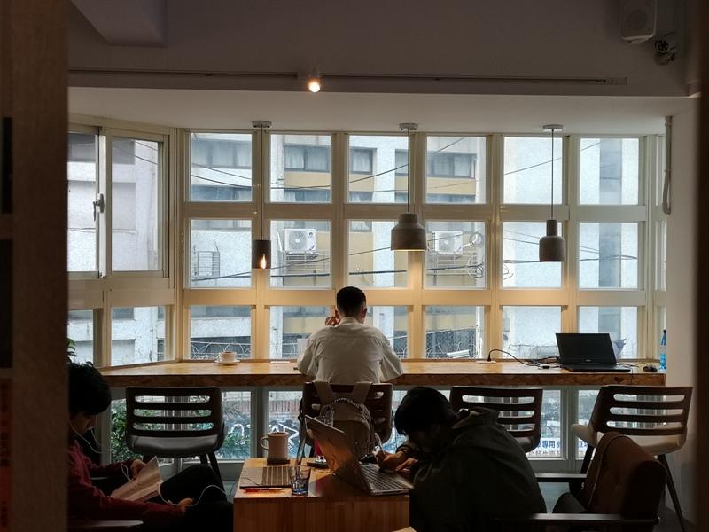 findingaplace08 中壢-找個地方cafe 中原大學旁 鬧中取靜找一個好地方一本書一杯咖啡