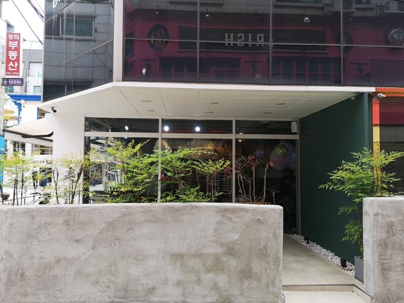 cafeel03 Seoul-Cafe El Cielo 男模幫你沖咖啡 首爾新沙洞時尚夢幻咖啡館