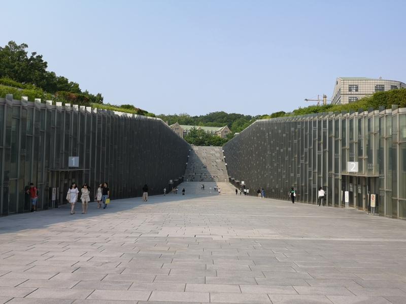 ewhau33 Seoul-梨花女子大學 韓國名校首爾必訪 優雅美麗的校園景色慢慢逛