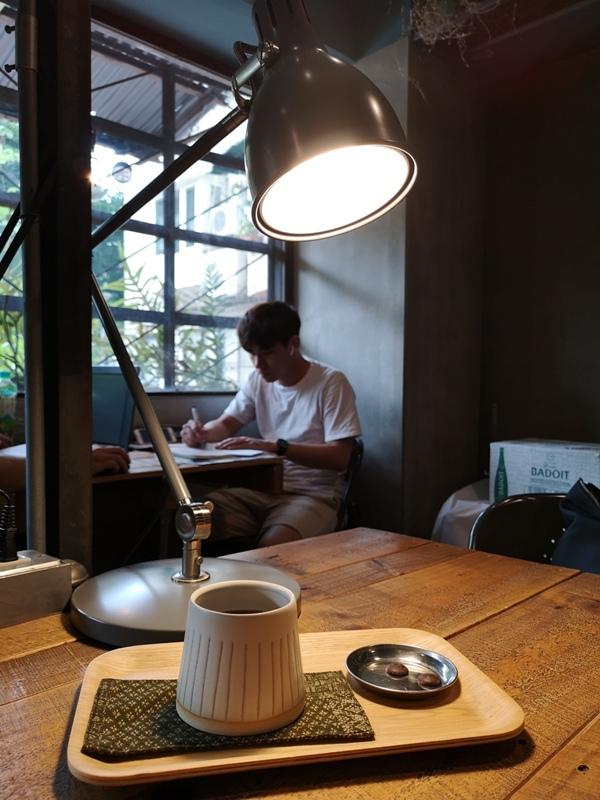 jocolatte15 中山-Joco latte 台北大學旁國宅中也有好咖啡 環境舒適咖啡好喝