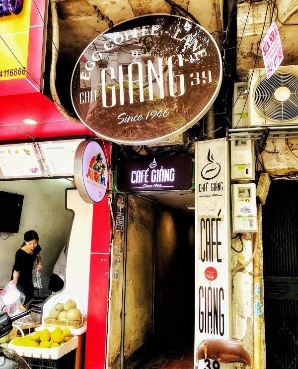 giangcafe01 Hanoi-Giang Cafe最特色創意的咖啡 Egg Coffee雞蛋咖啡 觀光客首選必訪