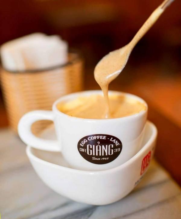 giangcafe10 Hanoi-Giang Cafe最特色創意的咖啡 Egg Coffee雞蛋咖啡 觀光客首選必訪